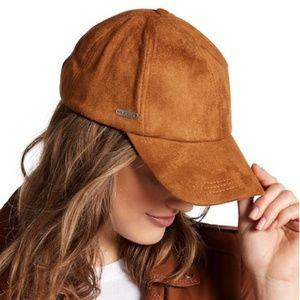 {Steve Madden} NWOT Faux Suede Snapback Hat